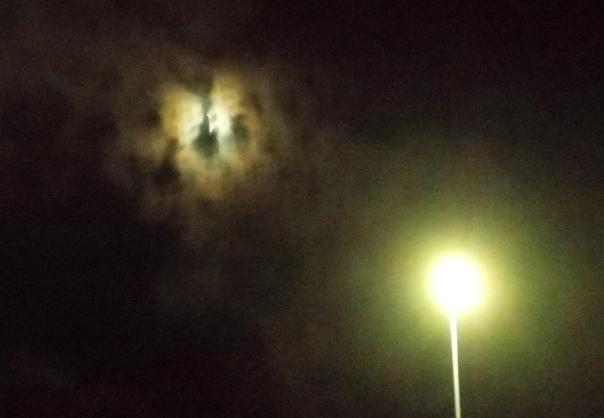 luna y farola